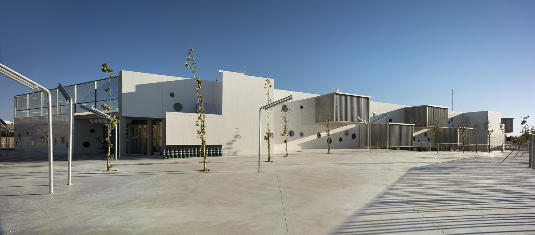 Martin lejarraga arquitecto colegio p blico infantil y for Plantas de colegios arquitectura